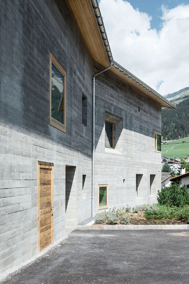 Claudia Luperto, Atelier Strut, Schweiz, Flims, Mehrgenerationenhaus