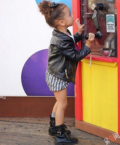 Эта 3-летняя малышка - самый модный ребенок в мире!