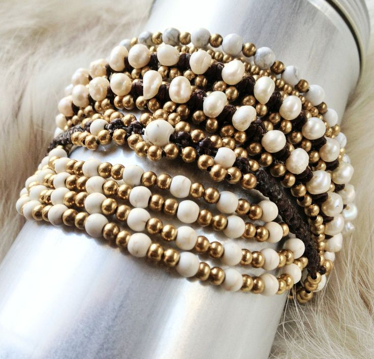 White Pearls, White Agate