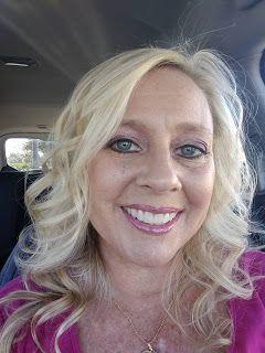 Christina's Beauty Blog: How To Apply Mascara Like A Pro