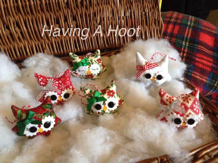 ❤️ Basket full of Little Christmas Girlie Teenie Tinys  Tree Decorations ❤️