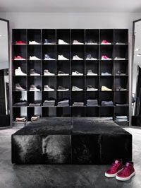 Commercial Projects│Harrolds Menswear Westfield Sydney The luxurious Harrolds Menswear store in Sydney, showcasing the arthur G boxed Ottoman. Photographer: Luc Remond