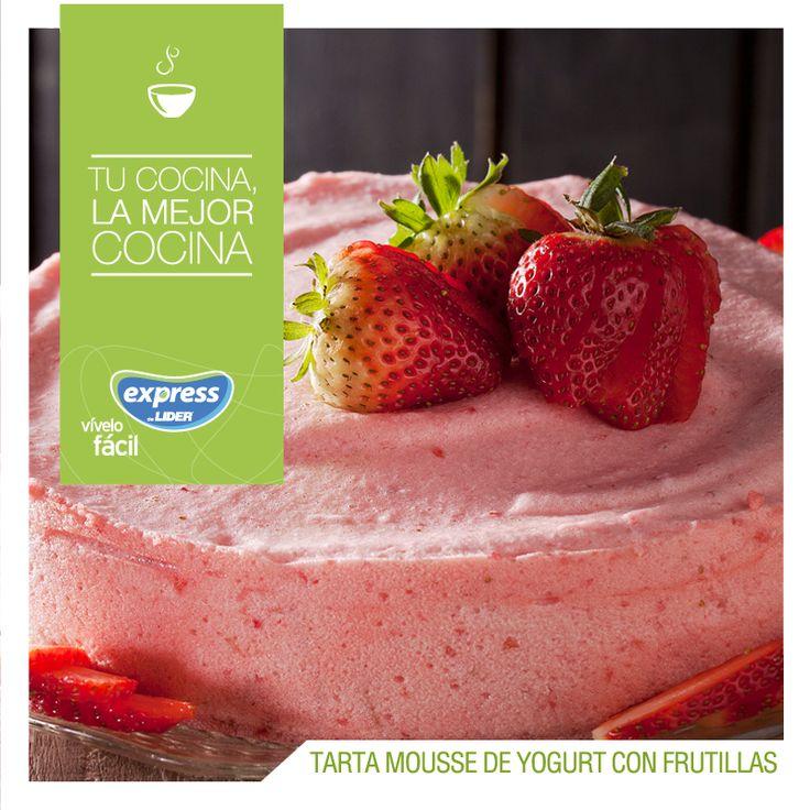 Tarta de mousse de yogurt con frutillas / #RecetarioExpress #ExpressdeLider #Receta #Food #Foodporn #Postre #Tarta #Torta #Yogurt #Frutillas