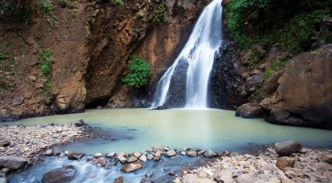 Daybreak Waterfall (Singsing Waterfall)    www.travelling-bali.com