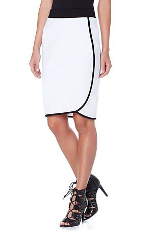 #Sheleadsyoufollow looks at the new Wendy Williams collection for HSN! Read more here: http://takeherlead.com/2015/06/12/she-leads-you-follow-wendy-williams-clothing-line/
