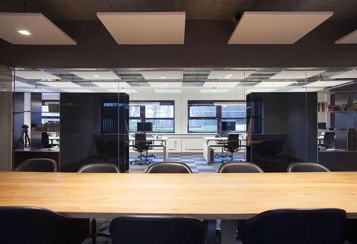 ©studiomfd, open office, office, meting room, working table, design, minimalistic, estate tilburg (www.studiomfd.com)