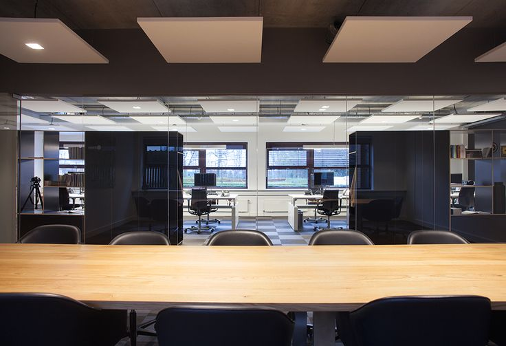 ©studiomfd, open office, office, meting room, working table, design, minimalistic, estate tilburg (www.studiomfd.com)