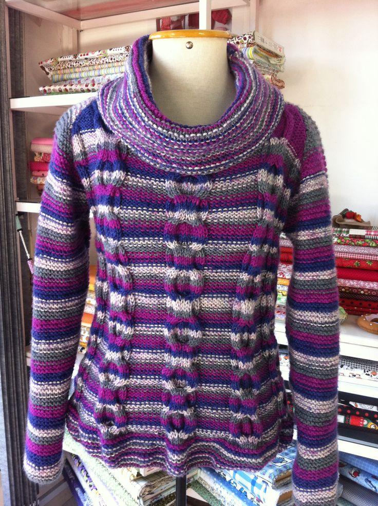 Blusa em tricô com a lã Graça da Círculo. Receita retirada do site da Coats Corrente