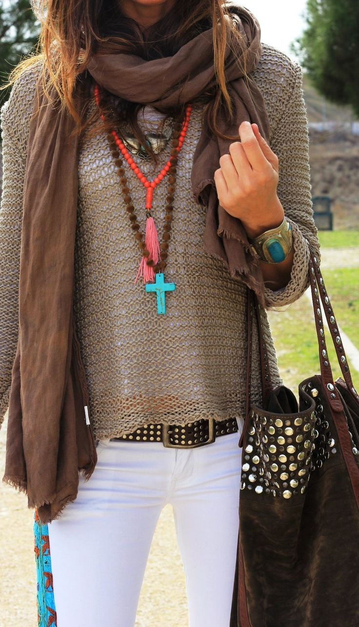 This cross necklace is so cute! I'm loving the turquoise!