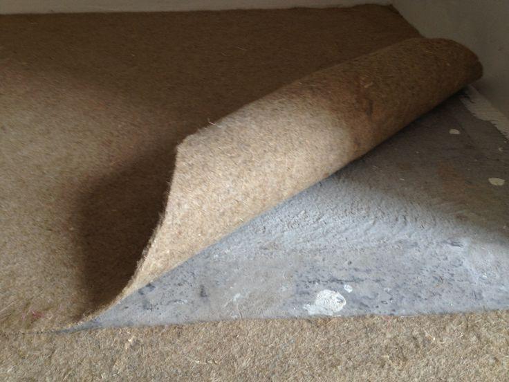 La sous couche se pose sur la dalle béton sèche avant le parquet