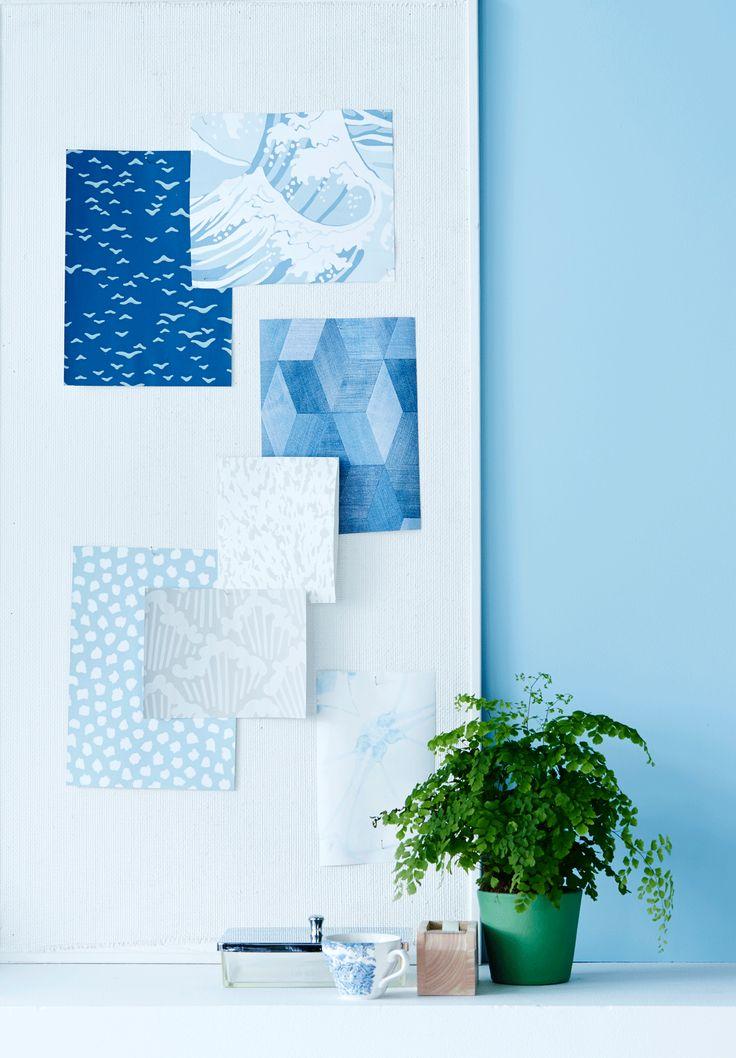 blue wallpapers, styling Anna-Kaisa Melvas, photo Anna-Huovinen / Glorian Koti
