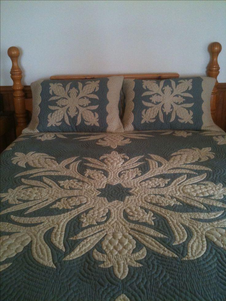 My Hawaiian quilt... Love the colors!!