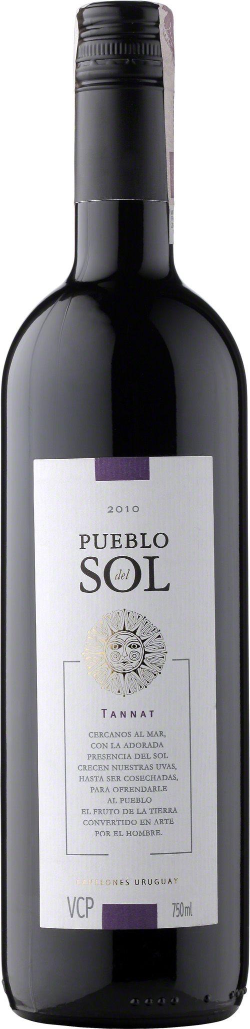 Pueblo del Sol Tannat Wino o intensywnym rubinowym kolorze z dominującymi aromatami bogatych, czerwonych owoców. Wino dobrze zbudowane, a także aksamitne. #PuebloDelSol #Tannat #Urugwaj #Tannat #Wino #Winezja