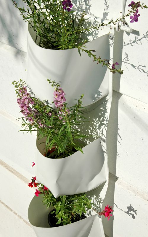Vertical Gardens Plant Bag, simple to install, transform any wall