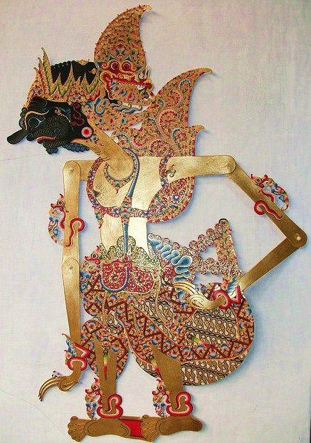 Entah, sejak kapan Bhima pingsan. Senja di tepi Gangga makin temaram. Kepekaan telinganya hanya bisa menangkap alunan air sungai yang tak per...