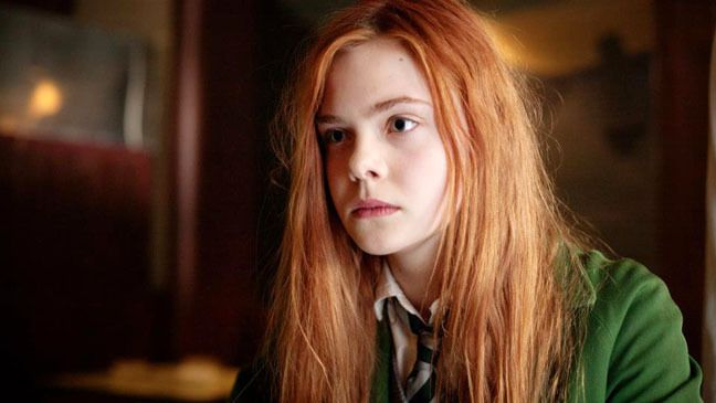 Image About Elle Fanning In Movies And Series By Angel Elle Fanning Personagens Ruivas Inspiracao Para Historias