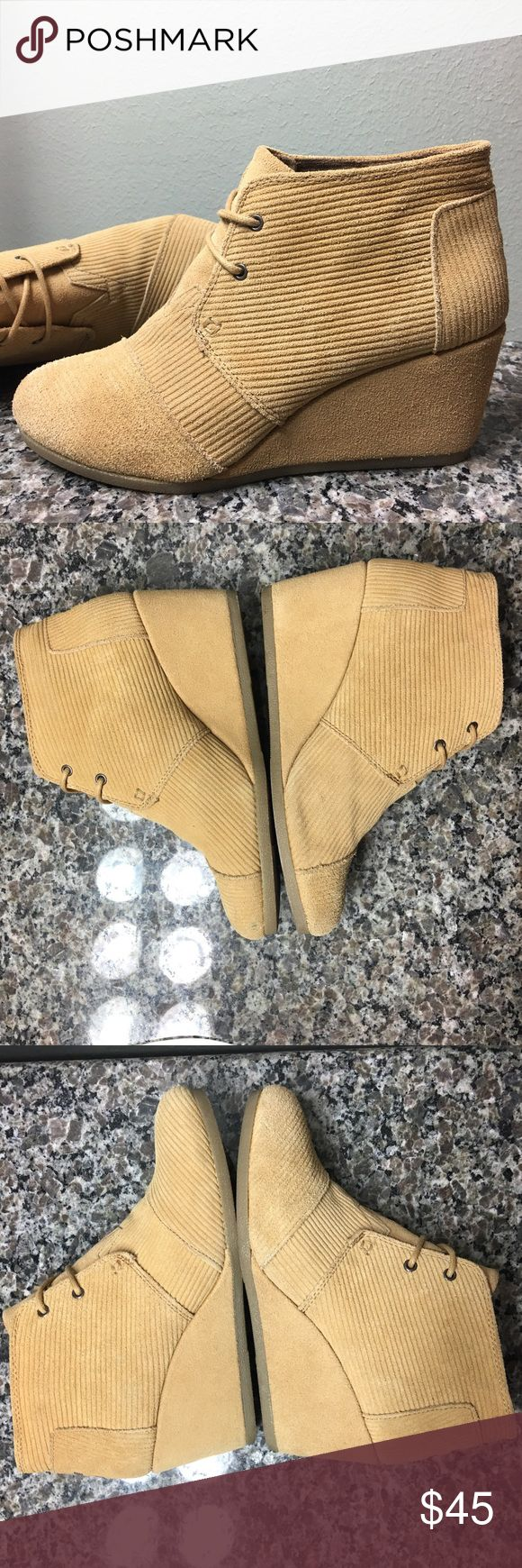 """TOMS Desert Wedge in Corduroy Suede, Tan, 9 Cute! In very good used condition. Small mark on one shoe toward sole and not noticeable when wearing. Also appears to have been gently cleaned, but doesn't take away from beauty of this shoe. So cute! See my closet for additional pictures. Color is technically """"medium brown,"""" but they look more tan to me! ❤️ TOMS Shoes Wedges"""