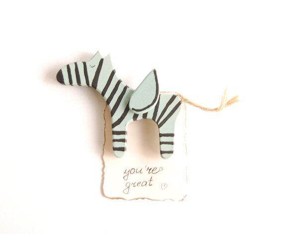 Hecho a mano color verde salvia madera Cebra caballo por PapaAngel