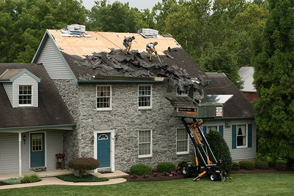 If you are looking for a roofing company, be sure to hire a roofing company through New Roof No Mess. Our roofers buggy will protect your lawn, flower beds, and shrubs from ladders and shingles falling down.
