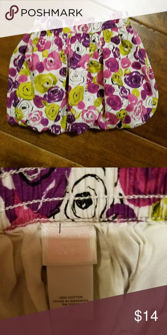 Janie and Jack Floral Bubble Skirt Floral print bubble skirt by Janie and Jack. Skirt is lined  Size 2T. Like new condition. Janie and Jack Bottoms Skirts