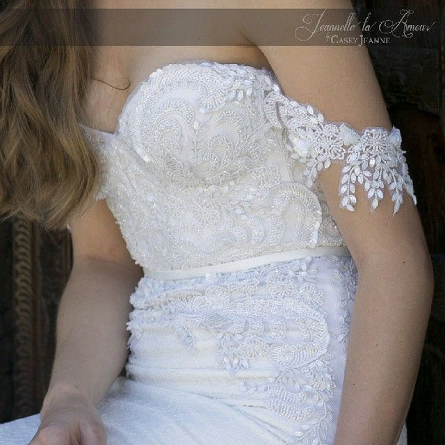 It's all about the details ♥ #caseyjeanne #juliettegown #jeannellelaamour #embroidery #collection #bridal
