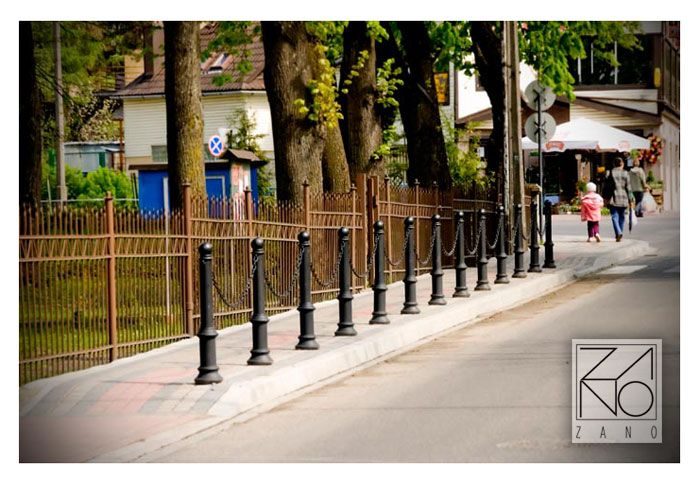 Presented bollards can be used in many configurations as a fence...
