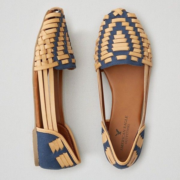 AEO Huarache Flats ($35) ❤ liked on Polyvore featuring shoes, flats, navy blue, strappy shoes, woven flats, woven flat shoes, navy blue flats and t-strap flats