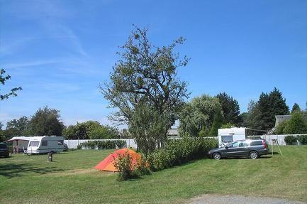 Camping Des Pommiers Frankrijk - Laag-Normandië - Calvados - La Cambe