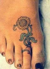 Sunflower tattoo--this is AWESOME <3