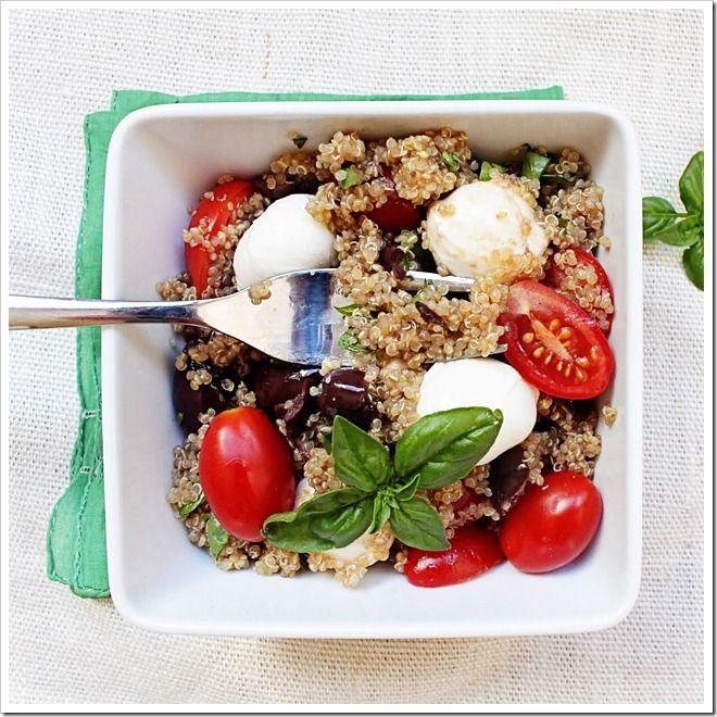 Olive & Tomato quinoa salad 4: Mozzarella Quinoa, Kalamata Olives, Quinoa Tomatoes Ol Salad, Salad Recipes, Caprese Salad, Tomatoes Quinoa, Olives Tomatoes, Quinoa Salad, Healthy Food