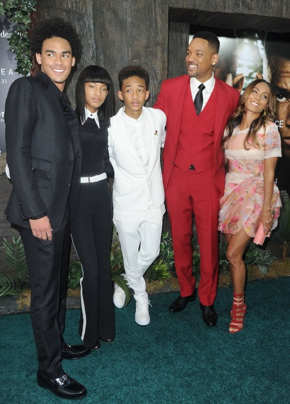 Will Smith and family at After Earth premiere |Lainey Gossip Entertainment Update