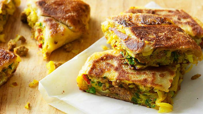 Turnover with spiced minced meat and cabbage (murtabak) recipe : SBS Food