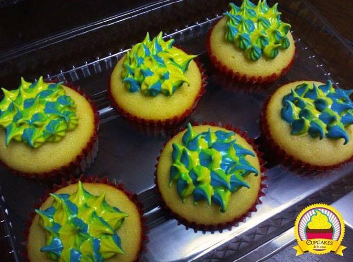 A este decorado lo llamamos Arlequín. Así lo bautizó un fan de Cupcakes de la casa en Facebook. by cupcakes de la casa