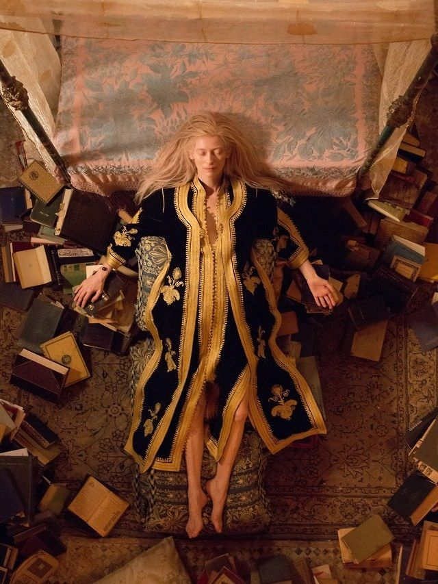only lovers left alive--JimJarmursch ..bit bourgousie euro vamps snooze trope - i was on a plane and loved it...................: