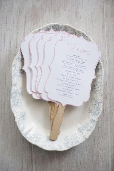 Distribucion de los abanicos para bodas - abanicos de cartón