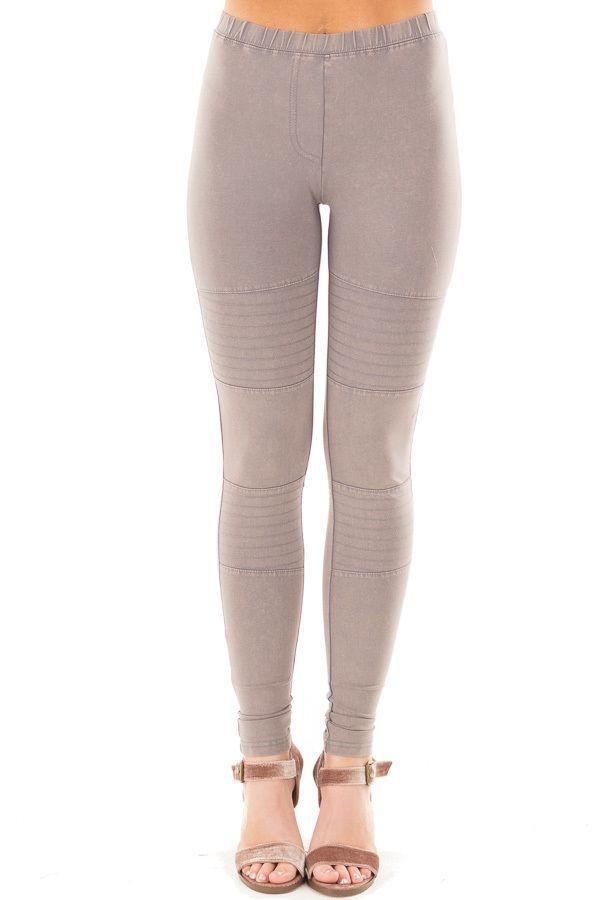 Lime Lush Boutique - Khaki Leggings with Stitched Details, $38.99 (https://www.limelush.com/khaki-leggings-with-stitched-details/)