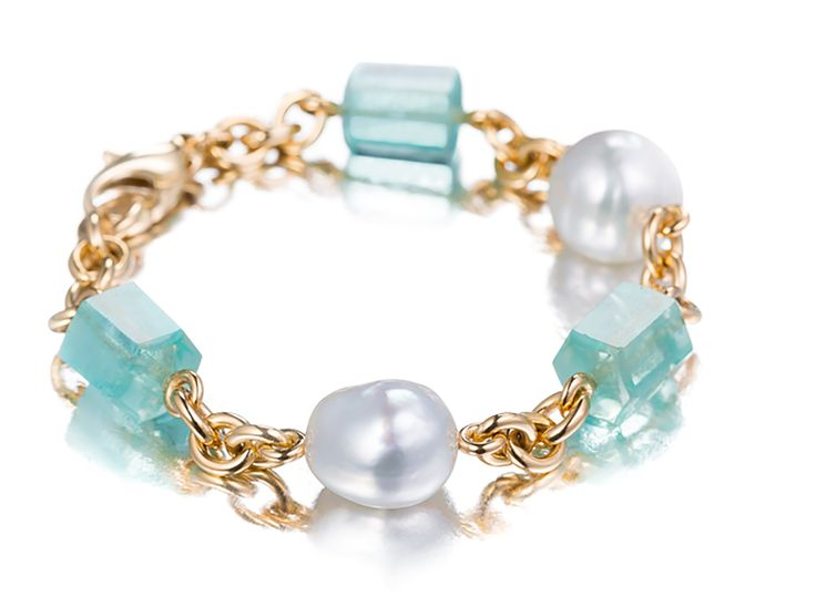 A Pearl and Gem Bracelet