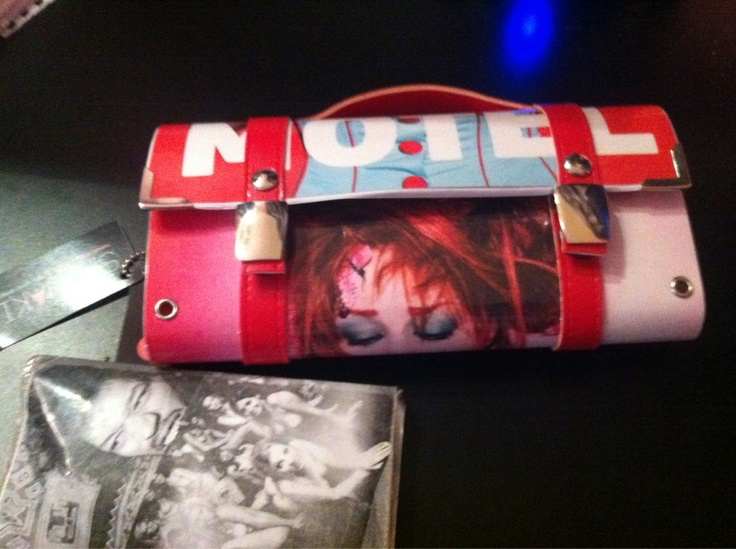 Penelopoe Anastasopoulou custom made clutch!