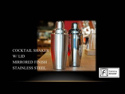 """Cocktail Shaker with lid mirror finish stainless steel 9.25"""" 20(oz) Product code DV.5.003.00.003 SHIPPING IN CANADA ONLY!"""