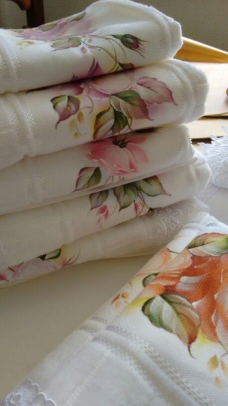 Adoro pintar toalhas
