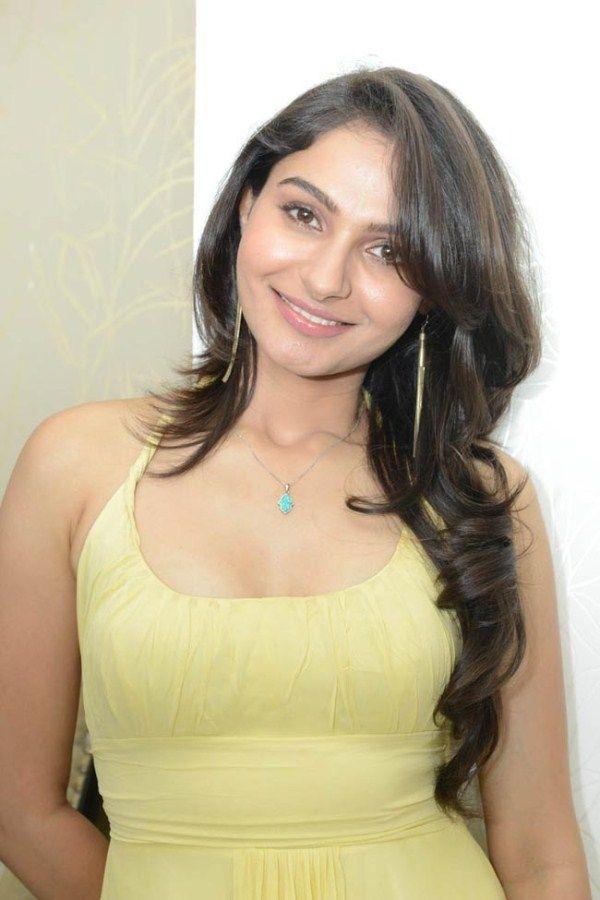 Andrea Jeremiah tamil-actress