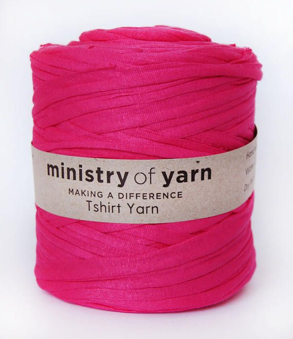 Tshirt yarn Candy Crush Pink, trapillo, fabric yarn, jersey yarn, recycled cotton yarn, zpagetti yarn, spaghetti yarn