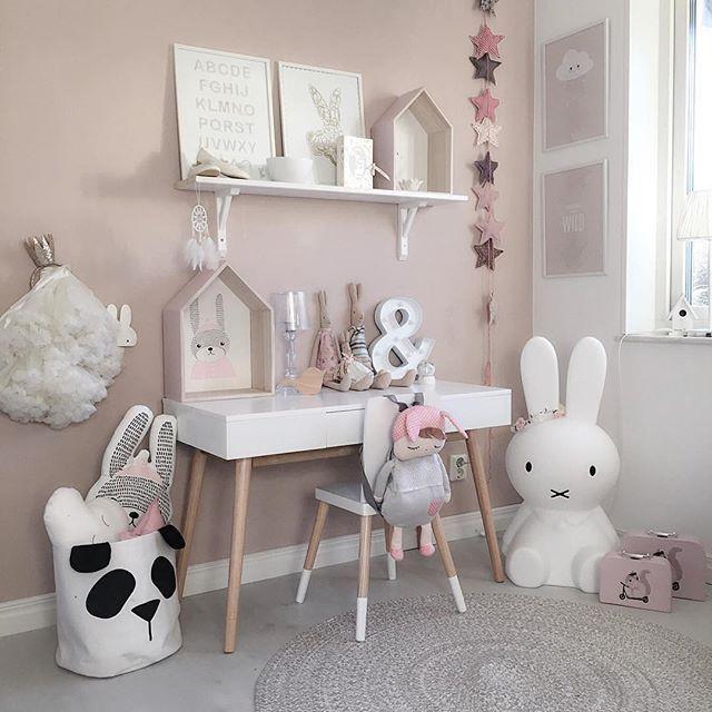 Picture by: @mykindoflike ◻️◽️▫️✨▫️◽️◻️ Tap on the image for more information  •••••••••••••••••••••••••••••••••••••••  Follow @baby_and_kidsroom_inspo for more  ••••••••••••••••••••••••••••••••••••••• #mittbarnerom#interiorbaby#nursery#nurserydecor#nurseryinspo#nurserydetails#interiordream1#kidzinteriors#babystyleinspo#smabarnsinspo#barnasverden#interior4you#interior2love#barneromrepost#nordickidsliving#barnensrum#finabarnsaker#hem_inspiration  #tapfordetails