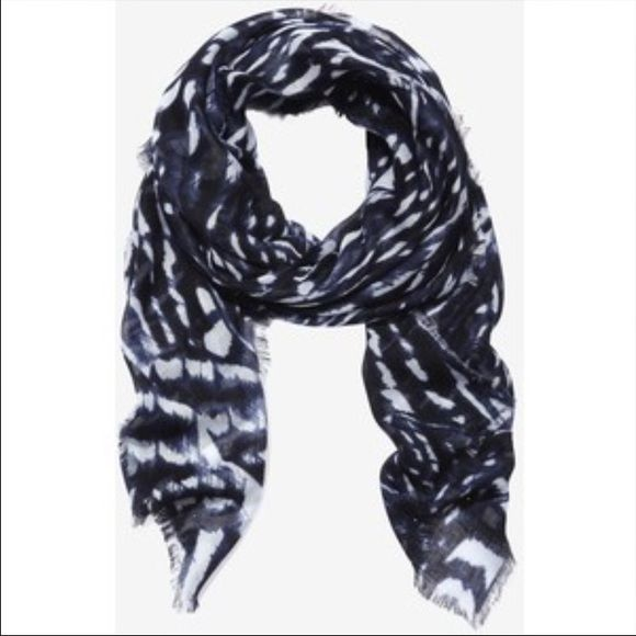 NWTFINAL SALE Cute Scarf Express Scarf Express Accessories Scarves & Wraps