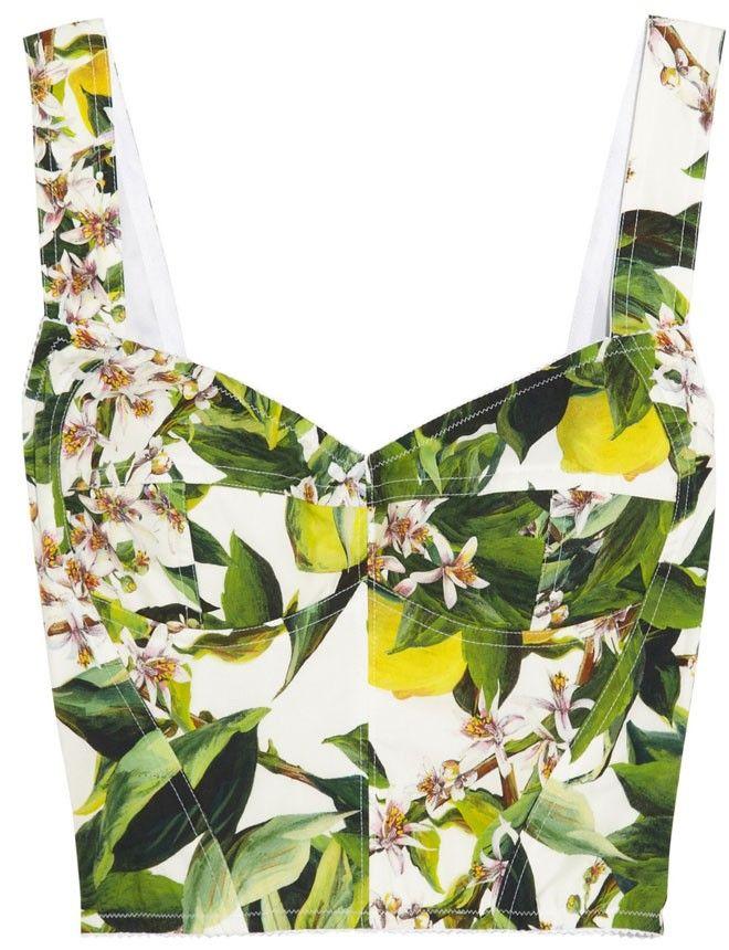 Dolce&Gabbana http://www.marie-claire.es/moda/tendencias/fotos/los-crop-tops-de-verano-2014/dolce-gabbana16