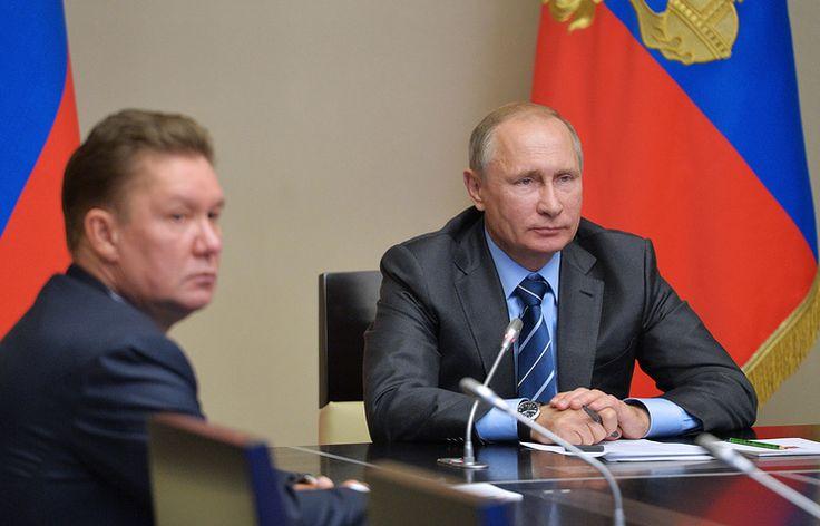 Путин запустил в эксплуатацию новое нефтяное месторождение   21 сентября, 13:30   http://tass.ru/ekonomika/3640210