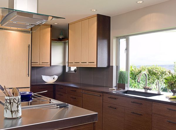 Compact Asian Kitchen Designw Ith Dark And Light Bamboo Cabinets Perfect For Modern Urban Lofts