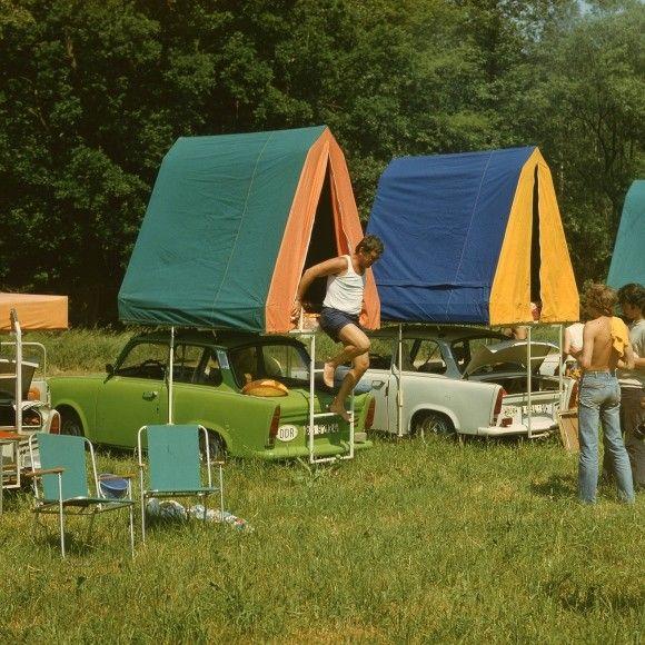 Zelte mit Trabant