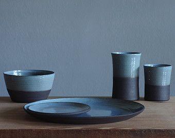 5 piece 4 table setting curved profile modern dinnerware pottery - Modern Dinnerware