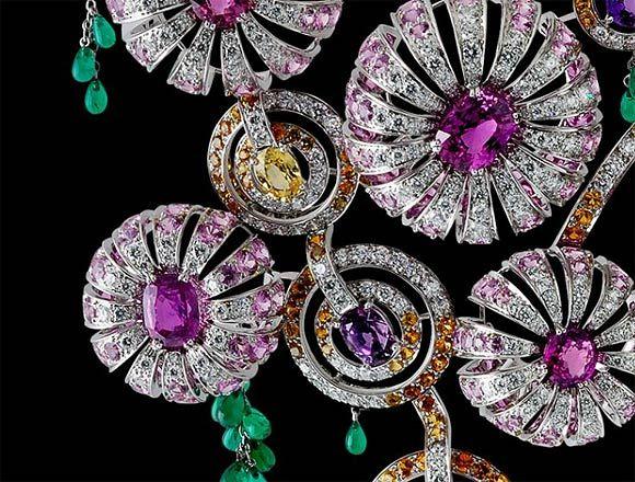 Sorpréndela con un anillo de compromiso de esmeraldas - Foto 1